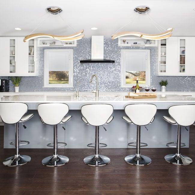 Kitchen-blilndshalfway-Square